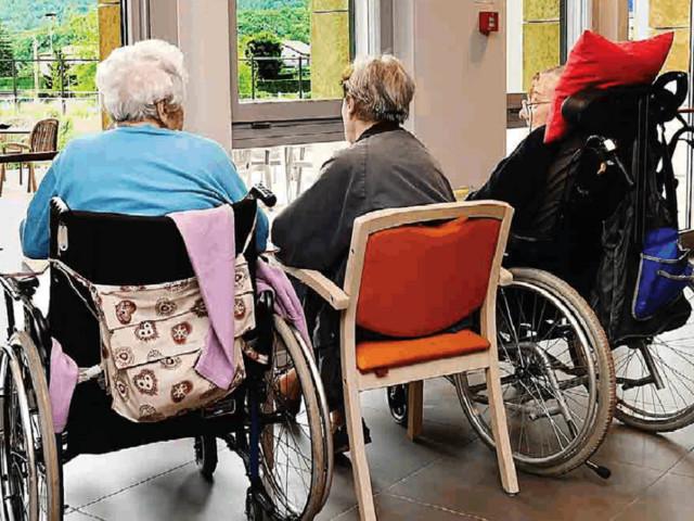 Anziani, Fugatti prende tempo «Spazio Argento» rinviato