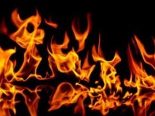 A proposito dell'incendio di una cartolina, di Serge Quadruppani