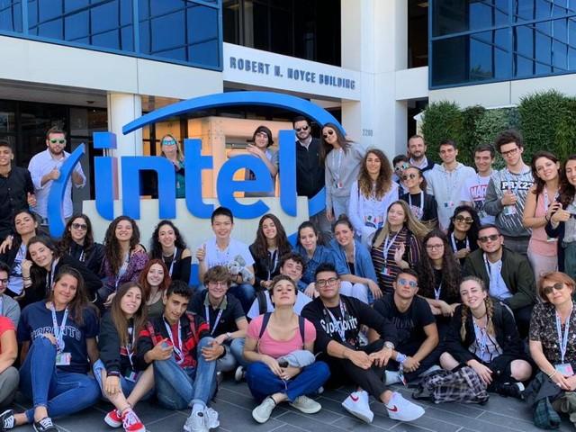 """Macerata, studenti del Linguistico """"Leopardi"""" negli USA per un progetto del Miur"""