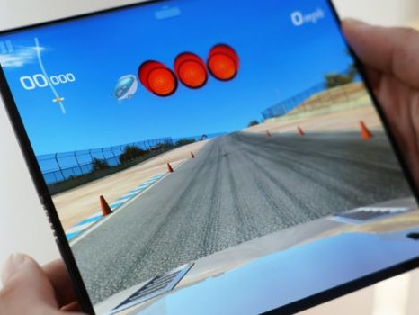 Modifiche alle specifiche del Huawei Mate X: device prossimo alla vendita