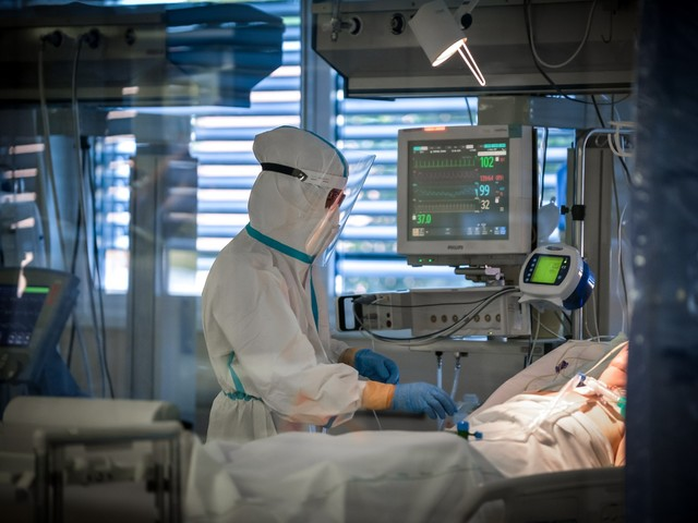 Record di contagiati: 40.902 Altri 550 morti in un giorno