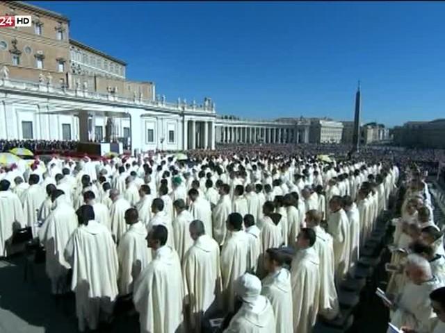 Papa, 35 Nuovi Santi e Sinodo per la Foresta Amazzonica