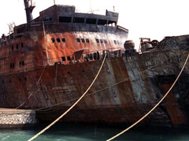 """Moby Prince, documento choc/ """"Dopo mezzanotte per la Marina erano già tutti morti e…"""""""
