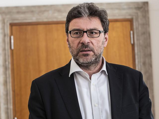 """Giorgetti: """"Rieleggere Mattarella e poi andare al voto"""""""