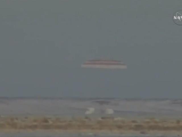 """Paolo Nespoli è tornato sulla Terra. L'astronauta dei record porta a conclusione la missione """"Vita"""""""