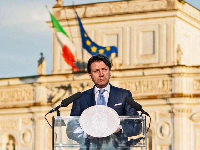 Con la scusa della burocrazia l'Italia è paralizzata