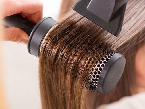 """""""No a parrucchieri ed estetiste abusive casa per casa"""": Bongiovanni e Belli Franzini raccolgono l'appello"""