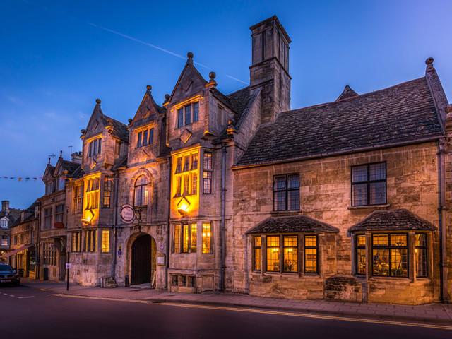 Halloween: castelli infestati dove dormire tra i fantasmi. Per una notte da paura