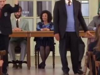 """I ragazzi del """"Collegio 4"""" salutano gli Anni 80: ecco i promossi e bocciati"""