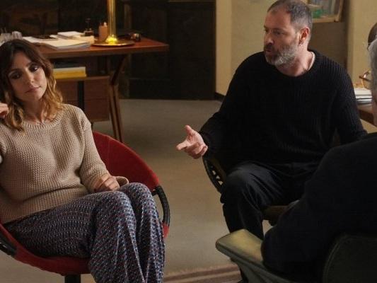Terapia di coppia per amanti: il film con Ambra Angiolini stasera su Canale 5 in prima visione