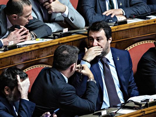 Salvini apre le porte ai senatoriM5s in uscita
