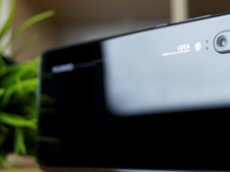 Fino a domenica 1 settembre il Fuori Tutto di Tre con Huawei P20, P20 Lite e P20 Pro a condizioni super
