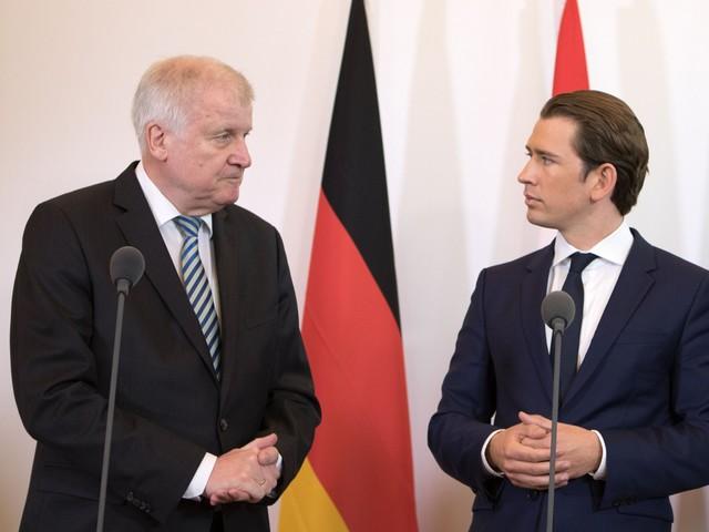 Vienna, giura il nuovo governo ma lunedì già rischia la sfiducia