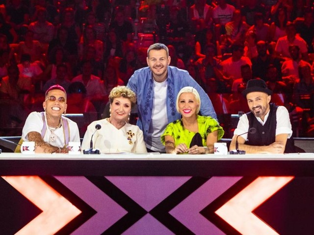Replica X Factor 13, la prima puntata in streaming su SkyGo e su Tv8