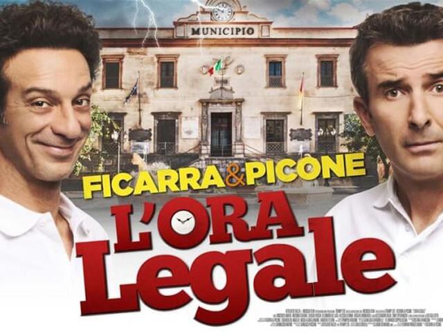 L'ora legale, film oggi su Canale 5: trama, video trailer e streaming