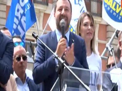 """Matteo Salvini all'attacco: """"Quelli che mi contestano sono figli di papà"""""""