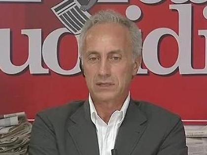 """Fatto Quotidiano, rivolta dei giornalisti contro Travaglio: """"Troppo grillino"""". Lui sbrocca: """"Non vi parlo più"""""""