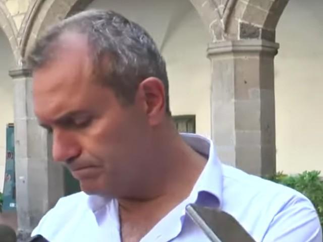 De Magistris vuol processare Salvini per crimini contro l'umanità