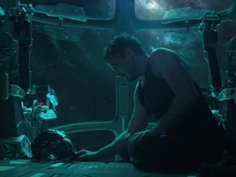 Svelato trailer e titolo di Avengers 4, la fine dei supereroi Marvel? Prime ipotesi sul film (video)