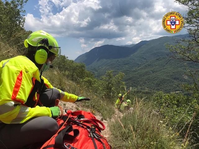 Castellafiume, climber precipita sulle rocce: soccorso dal 118