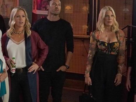Il revival di Beverly Hills 90210 riporta a galla il passato di Donna: BH90210 regala al pubblico un altro volto noto
