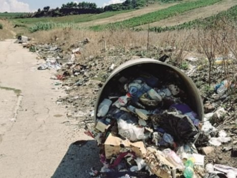 """Il Comune di Partanna annuncia """"tolleranza zero"""" contro chi sporca"""