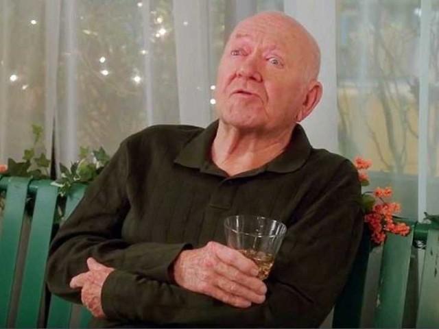 """Morto Richard Erdman, l'attore era noto per il suo ruolo nella serie Tv """"Community"""""""