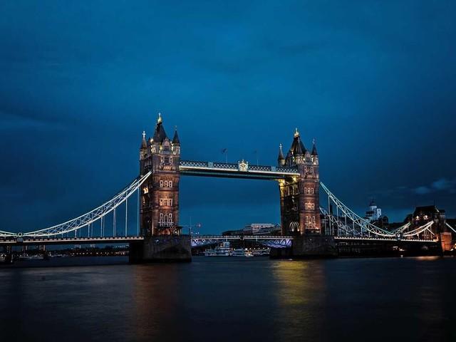 Vinci un weekend a Londra + spettacolo teatrale e £ 1.500 per lo shopping