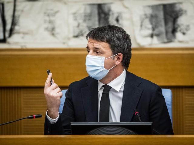 """""""Vuole solo distruggerci..."""". Quel sospetto del Pd su Renzi"""