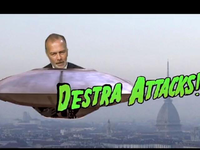 Damilano alieno all'attacco di Torino, un musicista lo incenerisce dalla Mole: lo spot per l'evento è trash