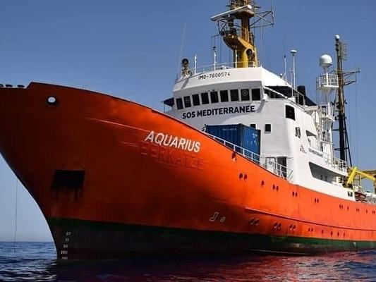 Le accuse che hanno portato al sequestro della nave Aquarius