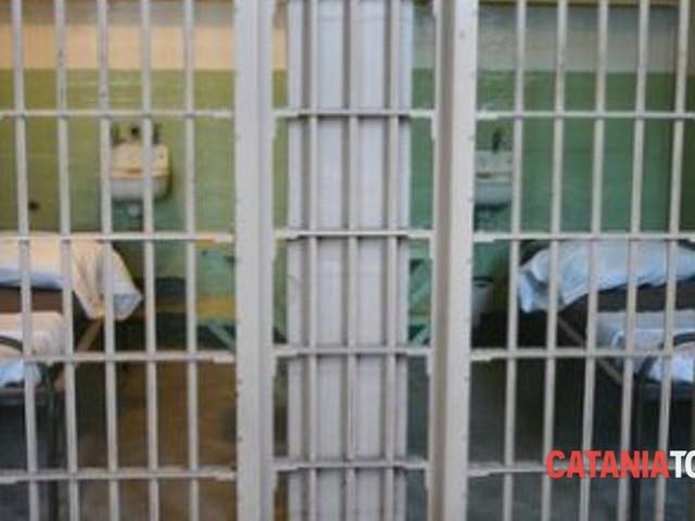 """I Radicali a Piazza Lanza: """"Serve riforma dell'ordinamento penitenziario"""""""