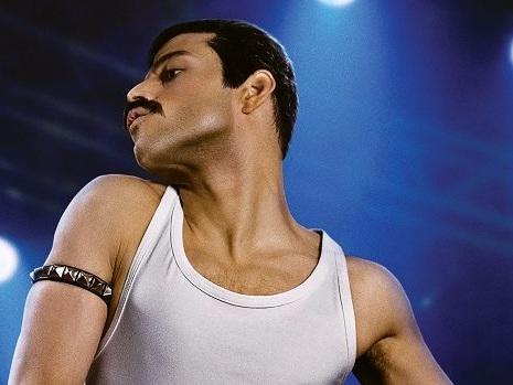 In Bohemian Rhapsody la parabola edulcorata di Freddie Mercury raccontata dai Queen (recensione)