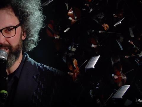 Sanremo 2019 – Simone Cristicchi canta Abbi cura di me: Video e testo!