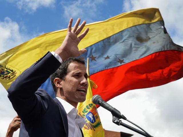 """Venezuela, la lettera di Guaidò: """"Sconcertati dalla posizione dell'Italia"""""""