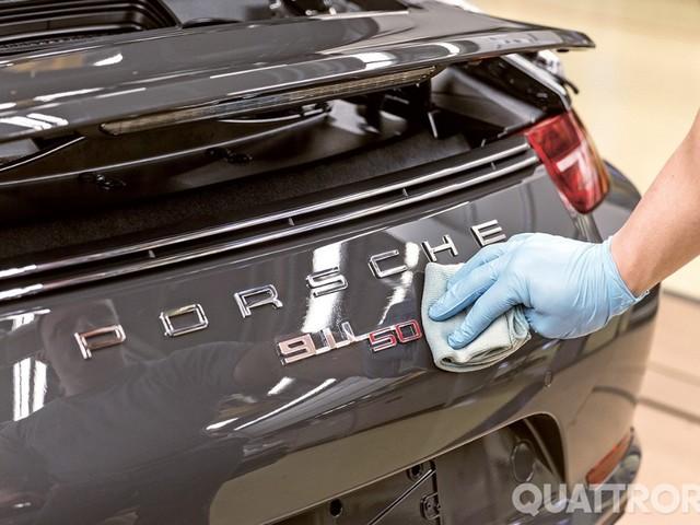 Porsche - 9.700 euro di premio ai dipendenti