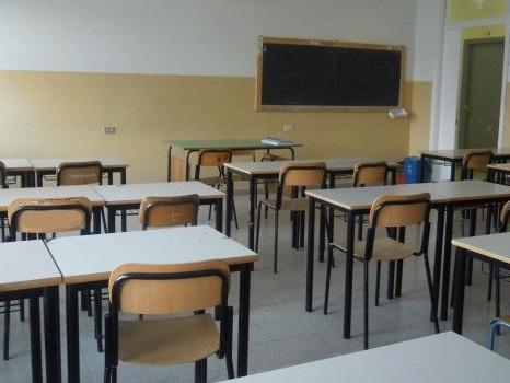 Tre bambini positivi a Ribera, il sindaco chiude le scuole