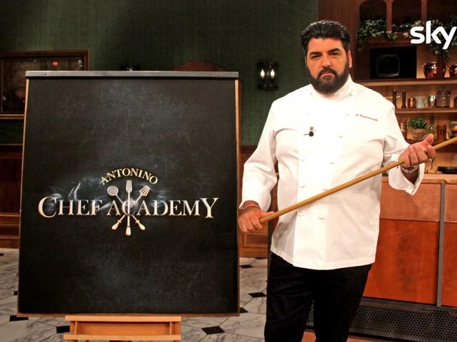 Sky Uno, torna Antonino Chef Academy. Nuova classe per chef Cannavacciuolo