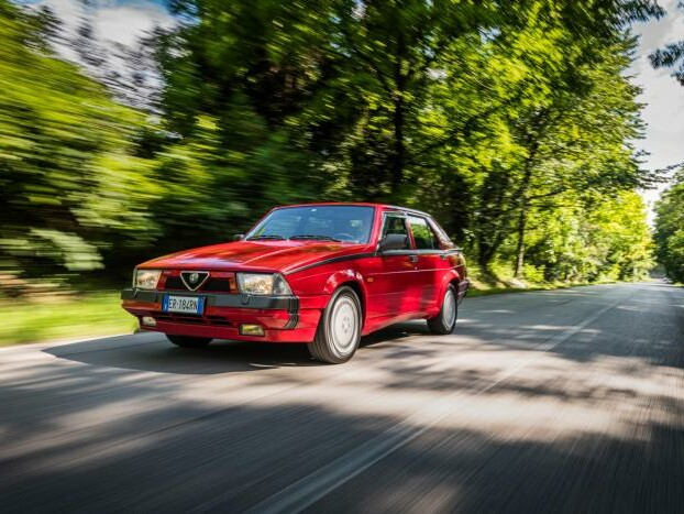 EPOCA: Alfa Romeo 75 V6 3.0, piacere ALFISTA