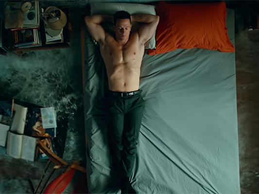 Infinite: Poster e trailer del film sci-fi con Mark Wahlberg
