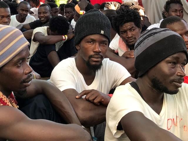 """La vera """"svolta"""" sull'immigrazione? Contrasto al lavoro nero e sostegno all'accoglienza virtuosa dei piccoli centri"""