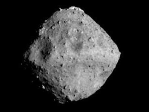 La sonda Hayabusa 2 ha lasciato l'asteroide Ryugu per tornare sulla Terra