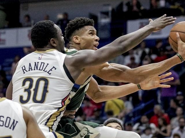 Basket, Nba: Milwaukee ipoteca il primo posto a Est, San Antonio non si ferma
