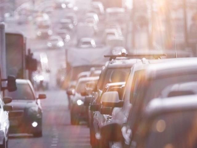 L'impatto del traffico sull'inquinamento atmosferico, spiegato dal Sistema nazionale per la protezione dell'ambiente