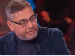 Andrea Vianello torna in tv dopo l'ictus e si commuove
