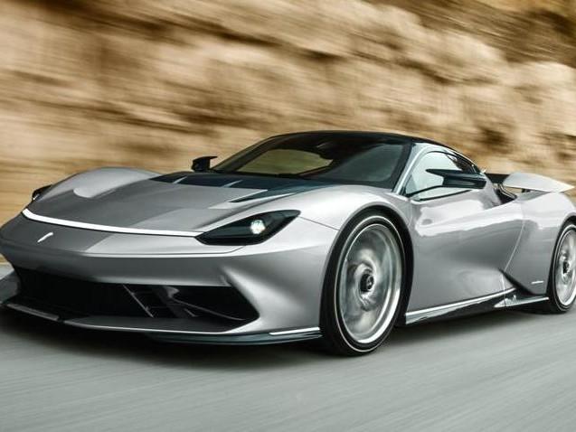 Automobili Pininfarina Battista, in California la versione definitiva dell'elettrica da 1.900 Cv