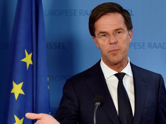 Col rischio di tornare al proporzionale, sarebbe meglio dare un'occhiata a quel che succede in Olanda
