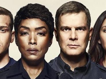 Programmi TV di stasera, lunedì 13 gennaio 2020. Su Rai2 parte la seconda stagione di «FBI»