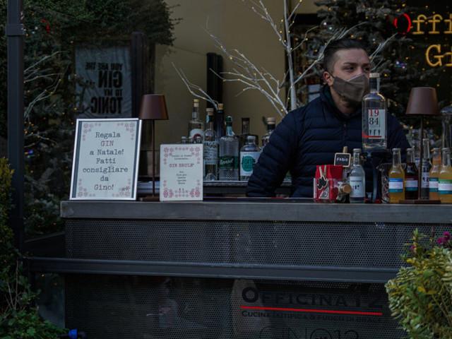 Con lo stop alle 18 dell'asportoi bar milanesi perdono il 50%