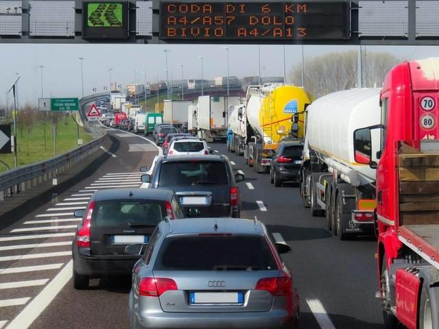 Traffico in autostrada, 6 agosto: incidente sulla A22 Brennero-Modena